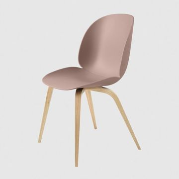 Krzesło Gubi, model Beetle Dining Chair, Oak Base/Sweet Pink